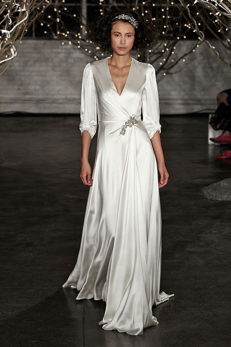 Ingrid gown from the 2014 Jenny Packham collection, as seen on dressfinder.ca
