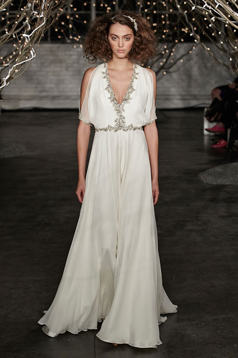 Lina gown from the 2014 Jenny Packham collection, as seen on dressfinder.ca