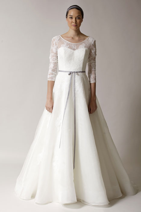 Ines Wedding                                          dress by Alyne