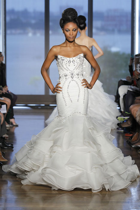 Aura gown from the 2014 Ines Di Santo collection, as seen on dressfinder.ca