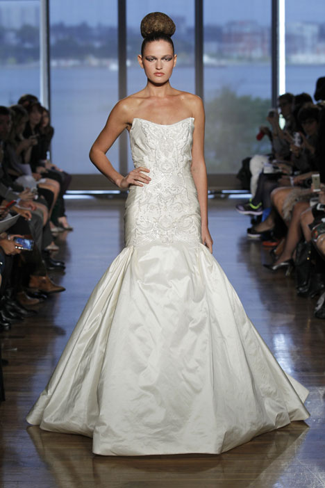 Chara gown from the 2014 Ines Di Santo collection, as seen on dressfinder.ca