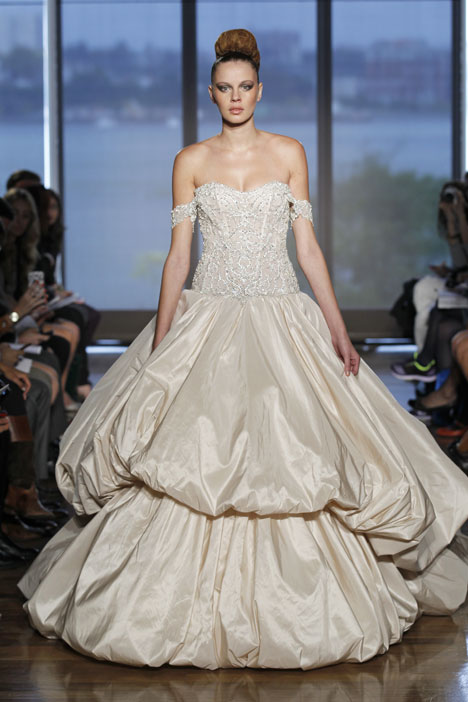 Metis gown from the 2014 Ines Di Santo collection, as seen on dressfinder.ca