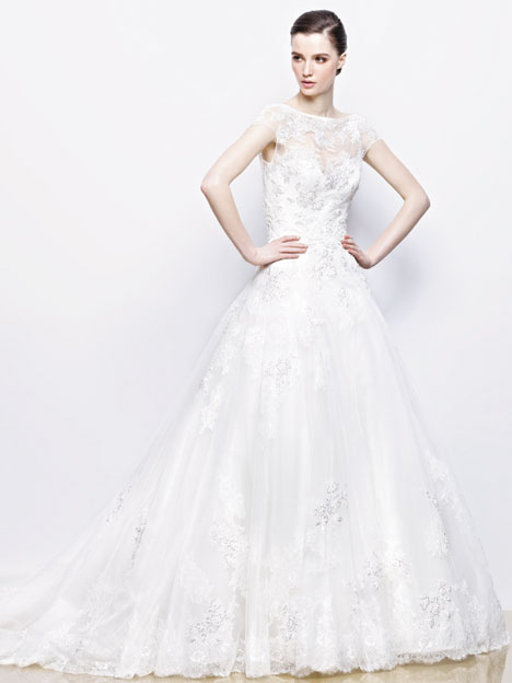 Ivonne gown from the 2014 Enzoani collection, as seen on dressfinder.ca