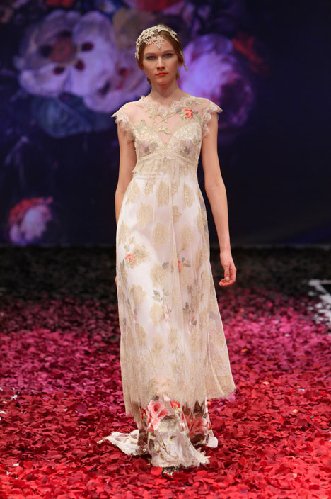 Heart's Desire Wedding dress by Claire Pettibone: Romantique