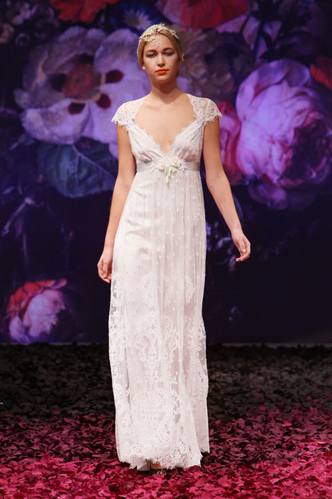 Minuet Wedding dress by Claire Pettibone: Romantique