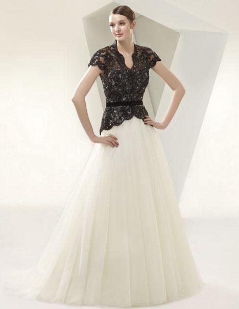 BT14-05 Wedding dress by Enzoani Beautiful Bridal