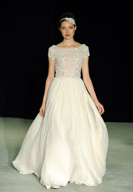 Beloved gown from the 2014 Anne Barge collection, as seen on dressfinder.ca