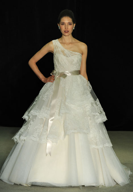 Magic Swan gown from the 2014 Anne Barge collection, as seen on dressfinder.ca