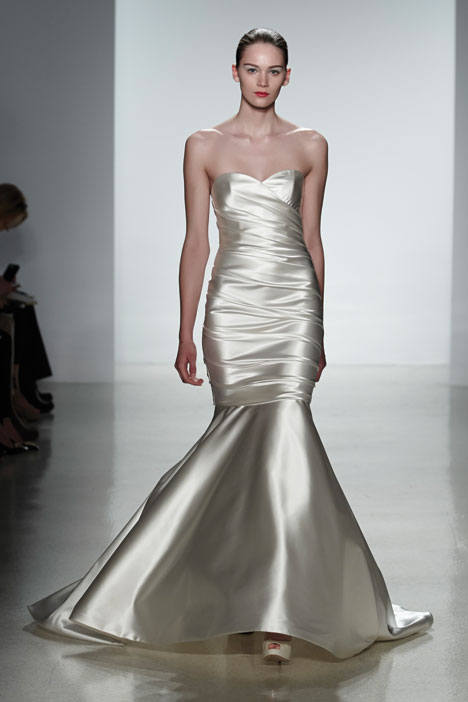 Antonia Wedding dress by Kenneth Pool