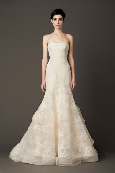 Leda gown from the 2013 Vera Wang collection, as seen on dressfinder.ca