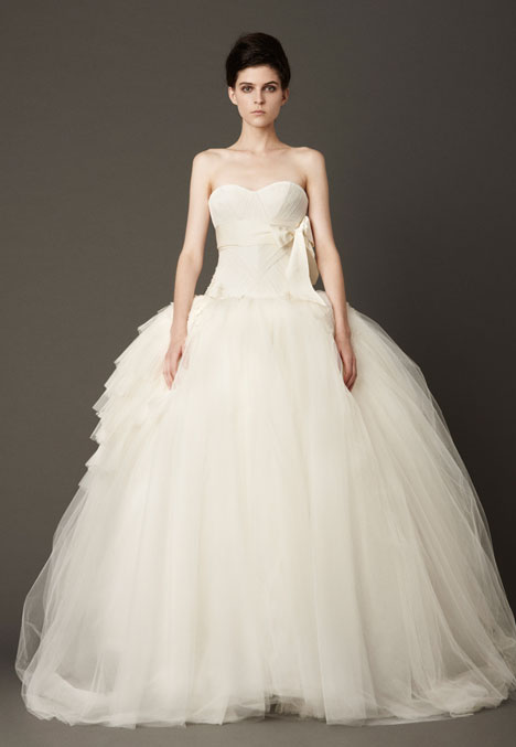 Louisa gown from the 2013 Vera Wang collection, as seen on dressfinder.ca