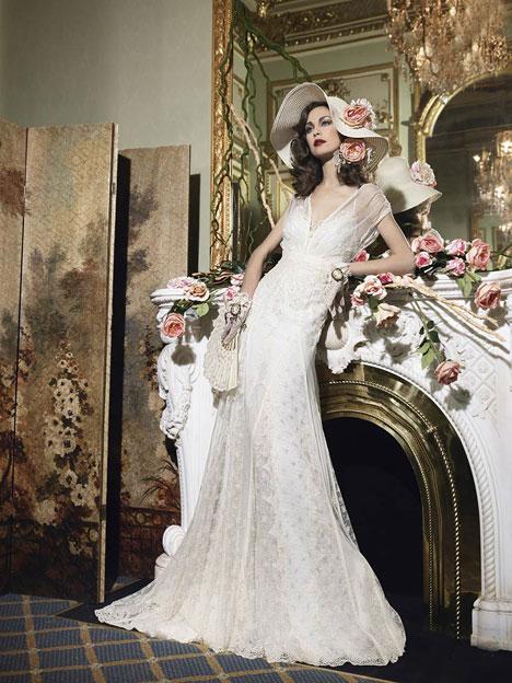 Caledonia Wedding dress by YolanCris
