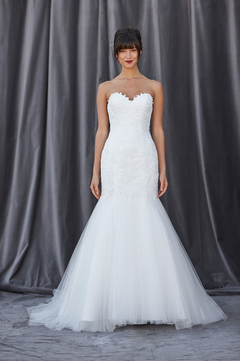 Farlow gown from the 2014 Lis Simon collection, as seen on dressfinder.ca
