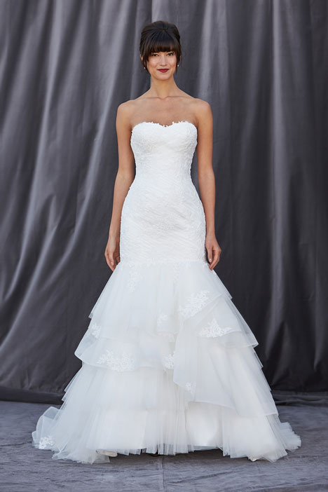 Felicia gown from the 2014 Lis Simon collection, as seen on dressfinder.ca