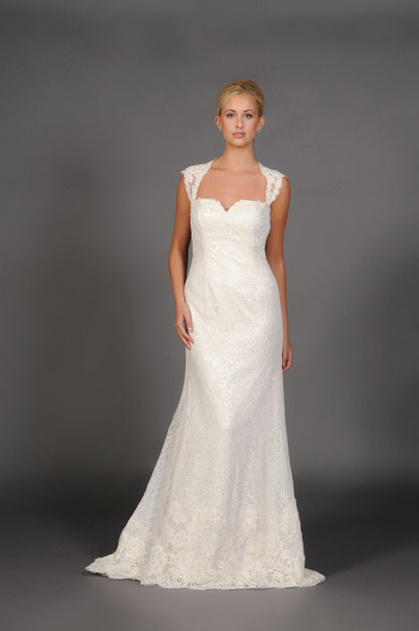Amora Wedding dress by Barbara Kavchok