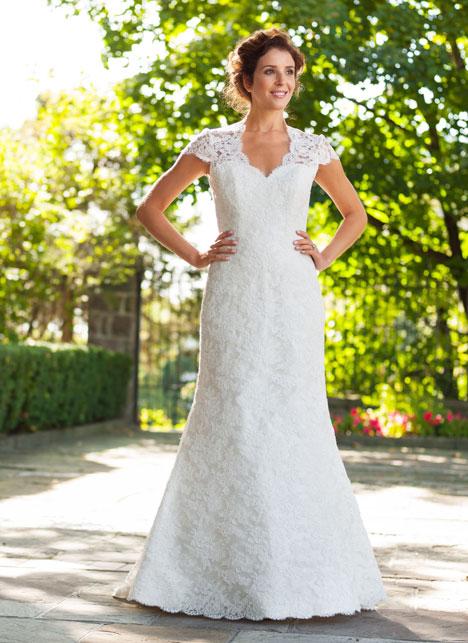 Meryl Wedding                                          dress by Lea-Ann Belter
