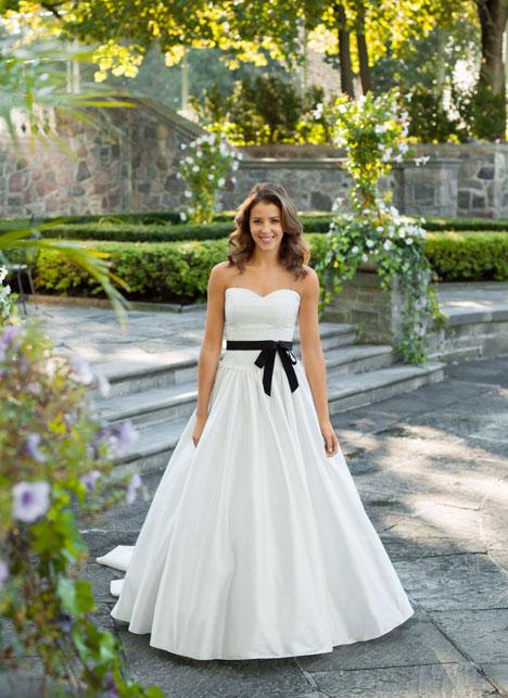 Willow Wedding                                          dress by Lea-Ann Belter