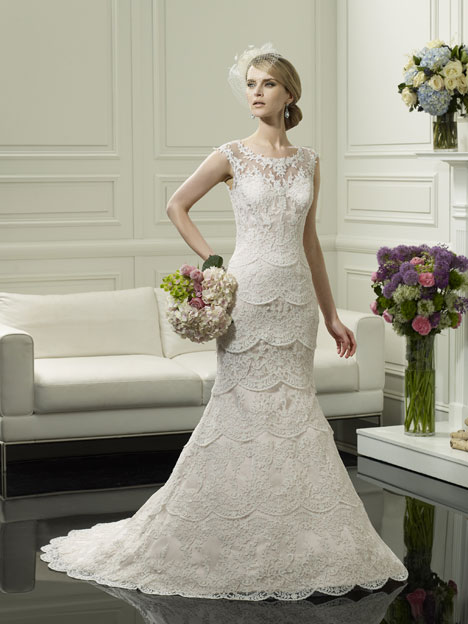 H1249 Wedding                                          dress by Moonlight : Couture