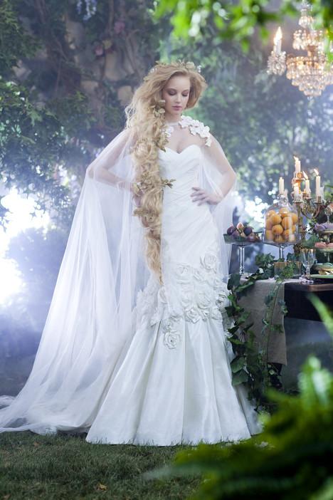 234 Rapunzel Wedding dress by Alfred Angelo : Disney Fairy Tale Bridal