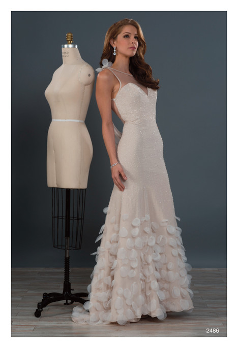 Alfred Angelo : Private Collection Wedding Dresses | DressFinder