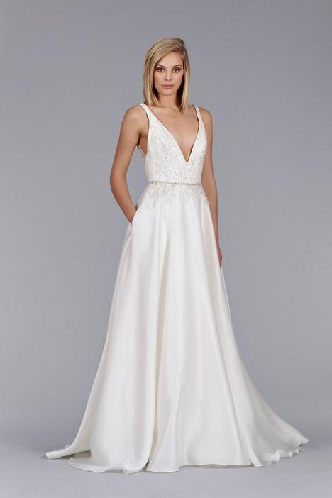 8455 Wedding                                          dress by Jim Hjelm