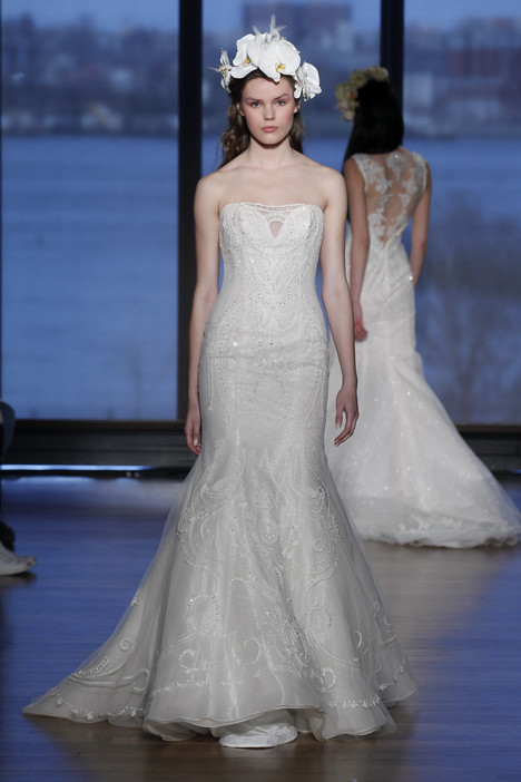 Damaris gown from the 2015 Ines Di Santo collection, as seen on dressfinder.ca