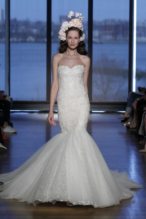 Olencia gown from the 2015 Ines Di Santo collection, as seen on dressfinder.ca