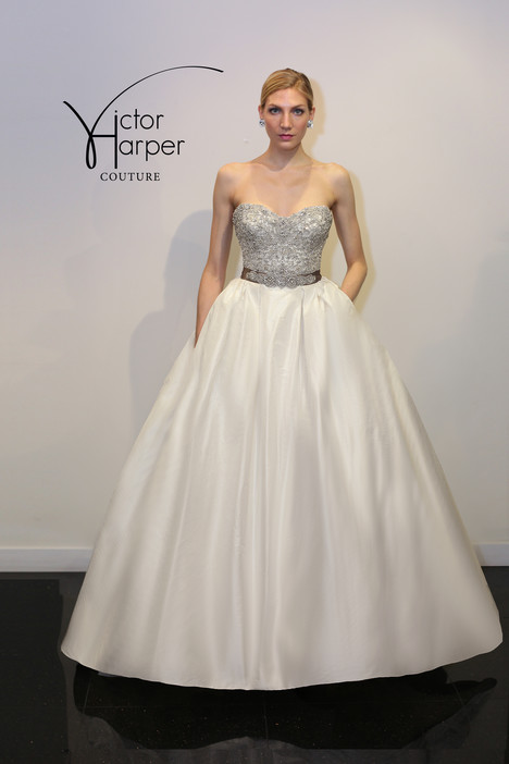 VHC296 Wedding                                          dress by Victor Harper : Couture