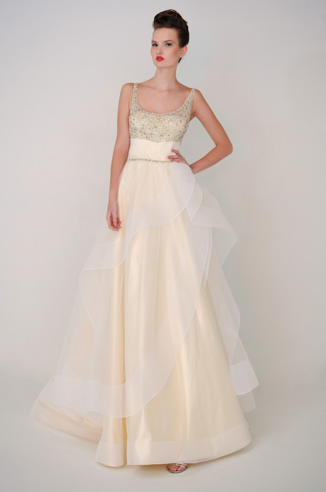 Bridget gown from the 2015 Barbara Kavchok collection, as seen on dressfinder.ca