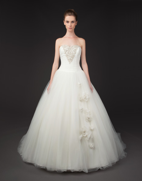 Florence gown from the 2015 Winnie Couture : Blush collection, as seen on dressfinder.ca