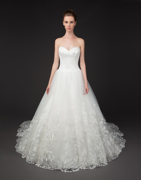 Tabatha gown from the 2015 Winnie Couture : Blush collection, as seen on dressfinder.ca