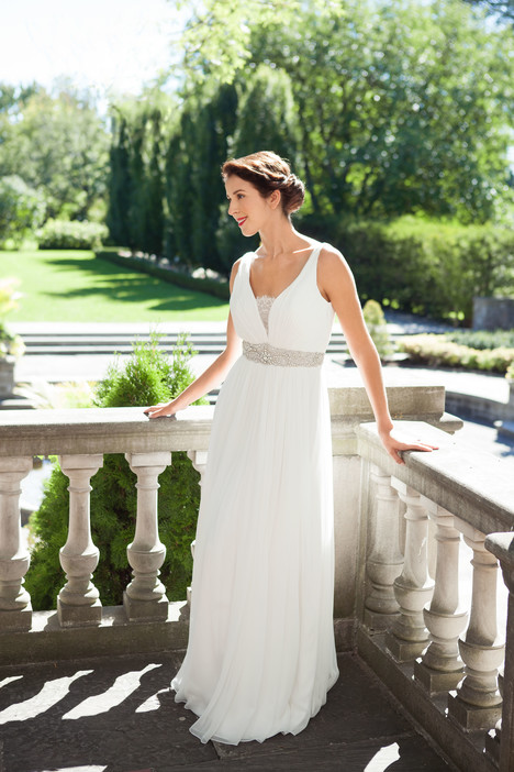 Wedding dresses in Huron
