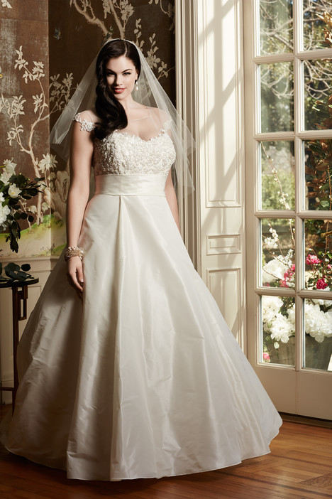 Toscana Wedding                                          dress by Wtoo Curve