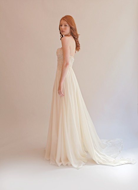 Isabella gown from the 2015 Leanne Marshall collection, as seen on dressfinder.ca