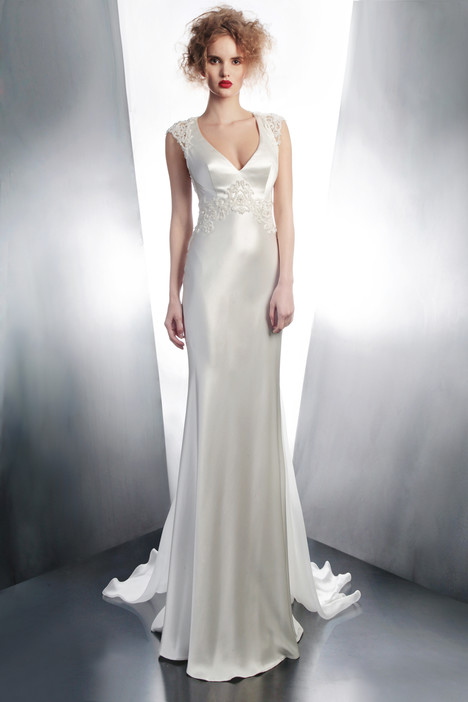 4166 gown from the 2015 Gemy Maalouf collection, as seen on dressfinder.ca