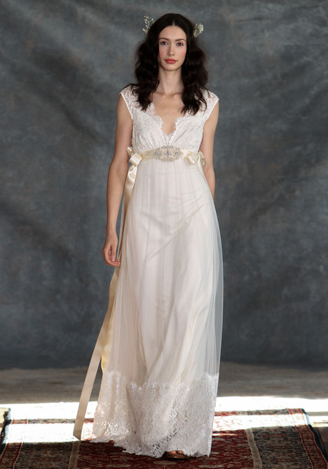 Queen Annes Lace gown from the 2015 Claire Pettibone: Couture collection, as seen on dressfinder.ca