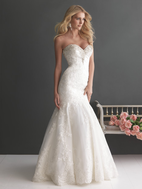 Style 2667 gown from the 2013 Allure Romance collection, as seen on dressfinder.ca