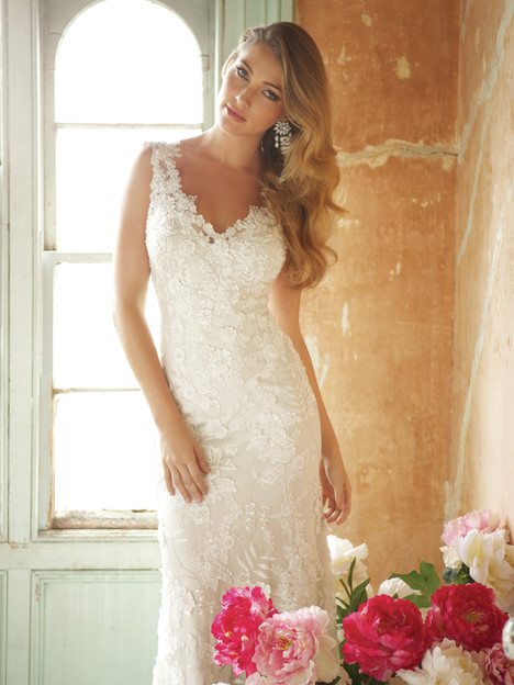8800 Wedding                                          dress by Allure Bridals