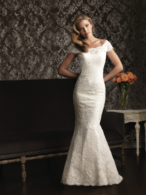 Style 9000 gown from the 2013 Allure Bridals collection, as seen on dressfinder.ca