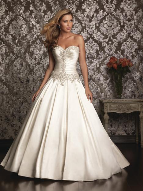 9003 Wedding                                          dress by Allure Bridals