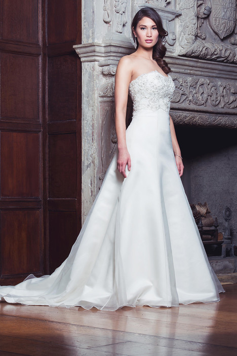 Melissa gown from the 2014 Augusta Jones collection, as seen on dressfinder.ca