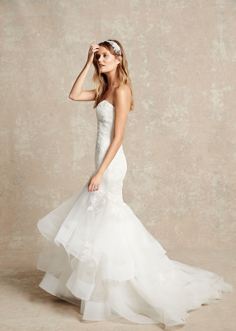 1512 gown from the 2015 Monique Lhuillier: Bliss collection, as seen on dressfinder.ca
