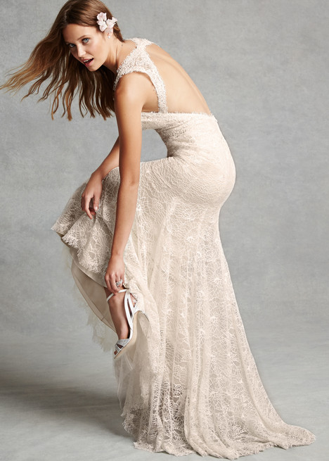 1528 gown from the 2015 Monique Lhuillier: Bliss collection, as seen on dressfinder.ca