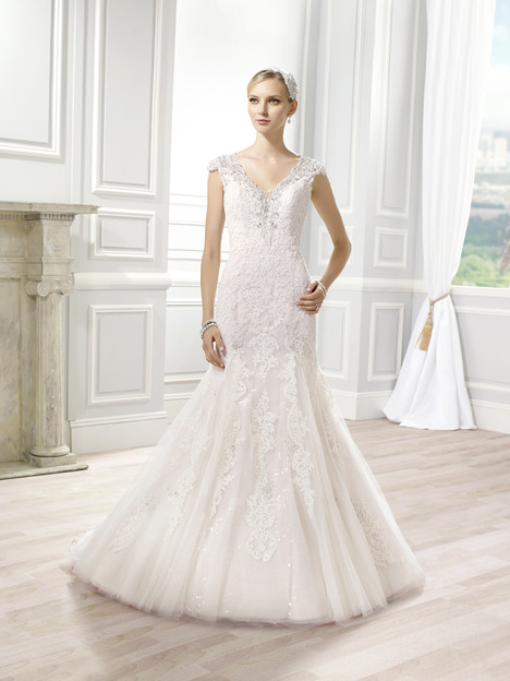 H1275 Wedding                                          dress by Moonlight : Couture