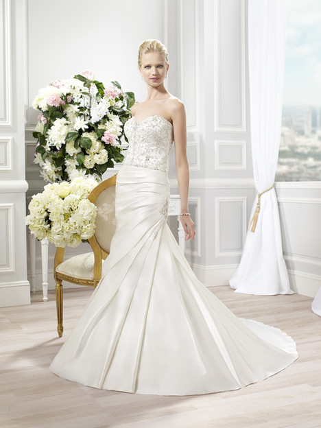 J6347 Wedding                                          dress by Moonlight : Collection