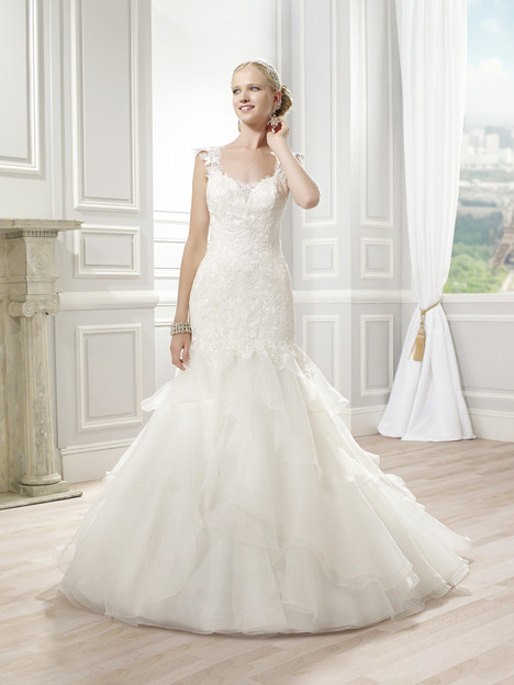 J6348 Wedding                                          dress by Moonlight : Collection
