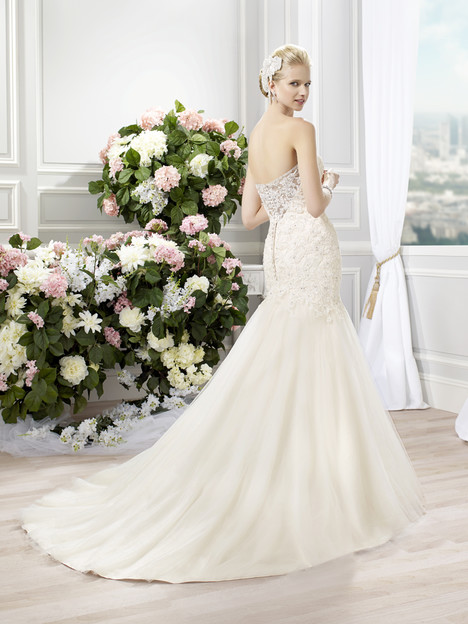 J6350 (back) Wedding                                          dress by Moonlight : Collection