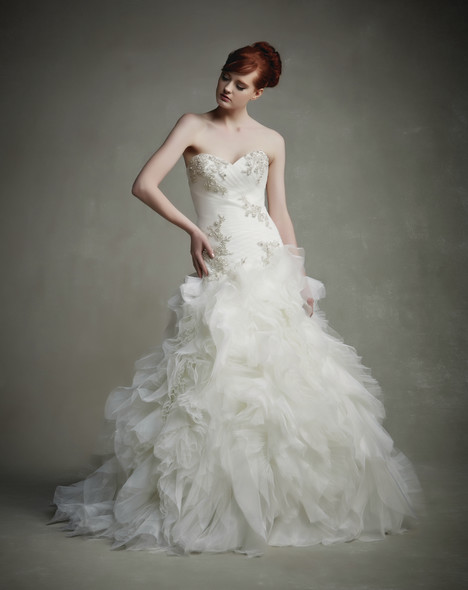 Jacqueline gown from the 2015 Enzoani collection, as seen on dressfinder.ca