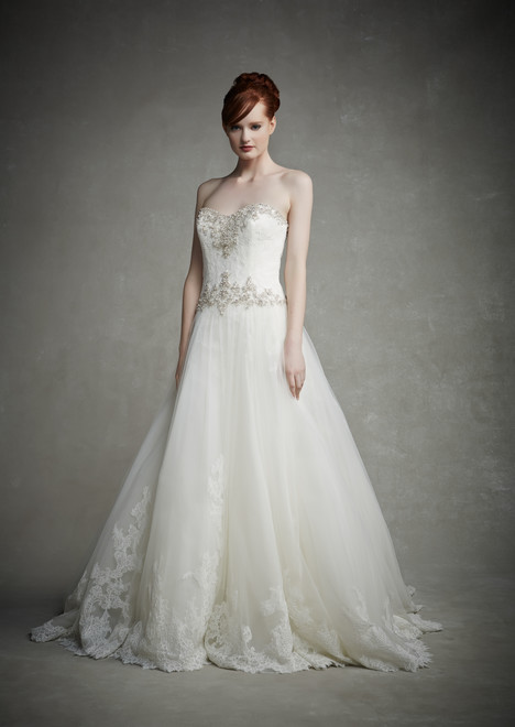 Jeanette gown from the 2015 Enzoani collection, as seen on dressfinder.ca