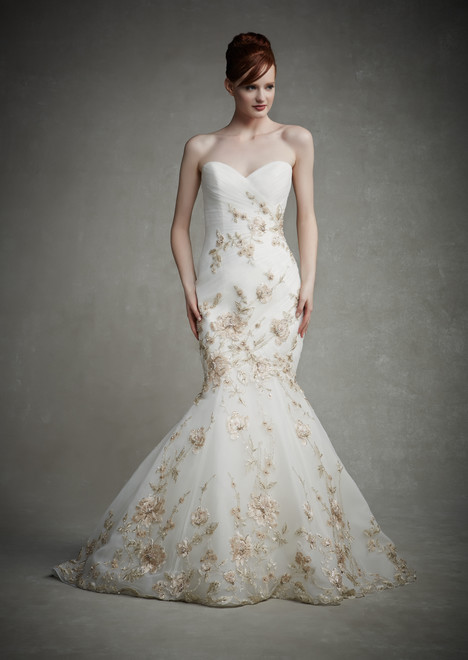 Juliet gown from the 2015 Enzoani collection, as seen on dressfinder.ca
